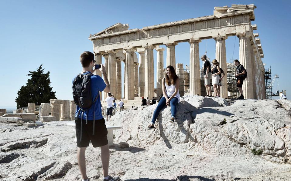 Τουρισμός: Έλεγχος πράσινου πιστοποιητικού πριν από την άφιξη στην Ελλάδα